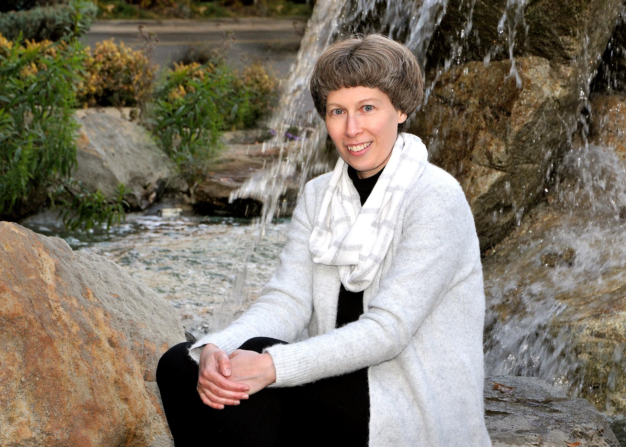 Heidi Bowes